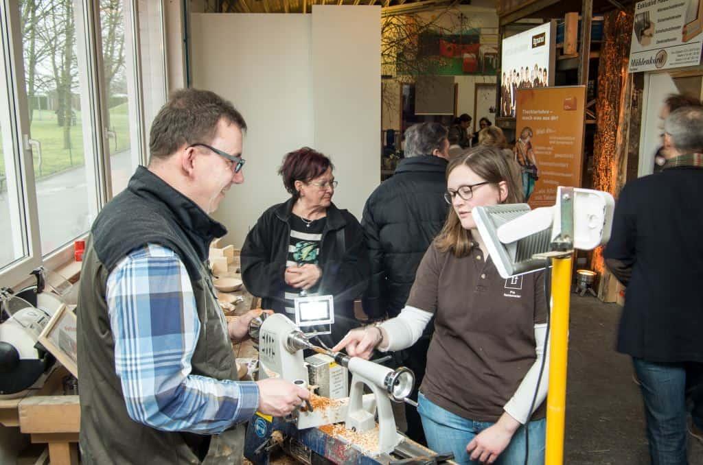 Stöbern, Neues entdecken, Trends erspüren: 2000 Besucher kommen jedes Jahr zu den Lignatus-Handwerkertagen.